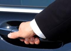 Voiture et chauffeur à disposition